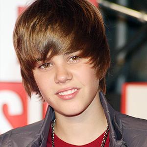 Justin_Bieber_300